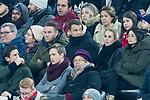 09.02.2019, Allianz Arena, Muenchen, GER, 1.FBL,  FC Bayern Muenchen vs. FC Schalke 04, DFL regulations prohibit any use of photographs as image sequences and/or quasi-video, im Bild Manuel Neuer (FCB #1) friert unter den Zuschauern <br /> <br />  Foto © nordphoto / Straubmeier
