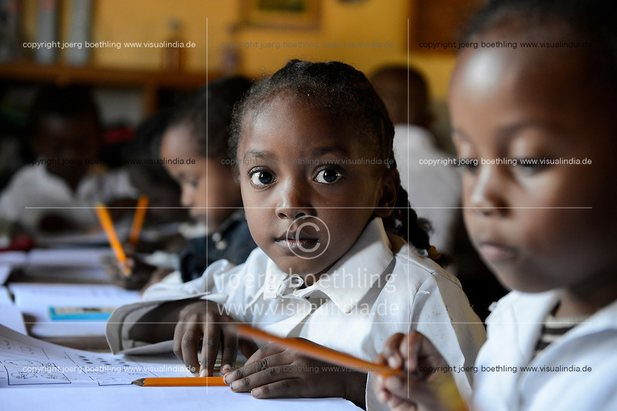 MADAGASCAR Mananjary, Vohilava, school of catholic church, COLLEGE ST RAPHAEL / MADAGASKAR Mananjary, Vohilava, Schule der katholischen Kirche, COLLEGE ST RAPHAEL