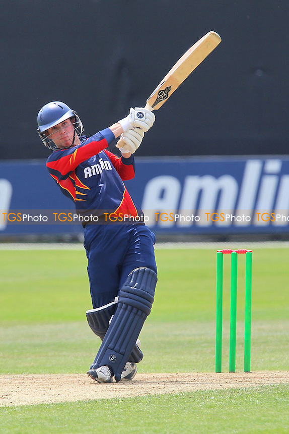 Sam Arthurton in batting action for Essex - Essex CCC 2nd XI vs Northamptonshire CCC 2nd XI - Second XI T20 Cricket at the Essex County Ground, Chelmsford - 19/06/13 - MANDATORY CREDIT: Gavin Ellis/TGSPHOTO - Self billing applies where appropriate - 0845 094 6026 - contact@tgsphoto.co.uk - NO UNPAID USE