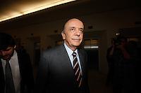 SAO PAULO, SP, 24 SETEMBRO 2012 - ELEICOES 2012 - DEBATE TV GAZETA / TERRA -  O candidato do PSDB Jose Serra antes do debate entre os candidatos a Prefeitura de Sao Paulo, realizado na TV Gazeta em Sao Paulo (SP), na noite desta segunda-feira (24) (FOTO: VANESSA CARVALHO / BRAZIL PHOTO PRESS).