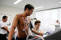 O jogador Ramon realiza exames medicos no CT Joaquim Grava, no Parque Ecologico do Tiete, zona leste de Sao Paulo, na manha desta sexta-feira 06.FOTO ALE VIANNA - NEWS FREE.