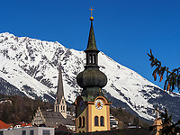 Johanneskirche und Pfarrkirche Mariä Himmelfahrt in Imst, Tirol, Österreich, Europa<br /> Church St. John and parrish church of the Assumption of Mary, Imst, Tyrol, Austria, Europe