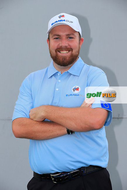 Shane Lowry (IRL) European Team before Pro-Am Day of the 2016 Eurasia Cup held at the Glenmarie Golf &amp; Country Club, Kuala Lumpur, Malaysia. 14th January 2016.<br /> Picture: Eoin Clarke | Golffile<br /> <br /> <br /> <br /> All photos usage must carry mandatory copyright credit (&copy; Golffile | Eoin Clarke)