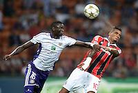 FUSSBALL   CHAMPIONS LEAGUE   SAISON 2012/2013   GRUPPENPHASE   AC Mailand - Anderlecht                            18.09.2012 Cheikhou Kouyate (li, Anderlecht) gegen Kevin Prince Boateng (AC Mailand)