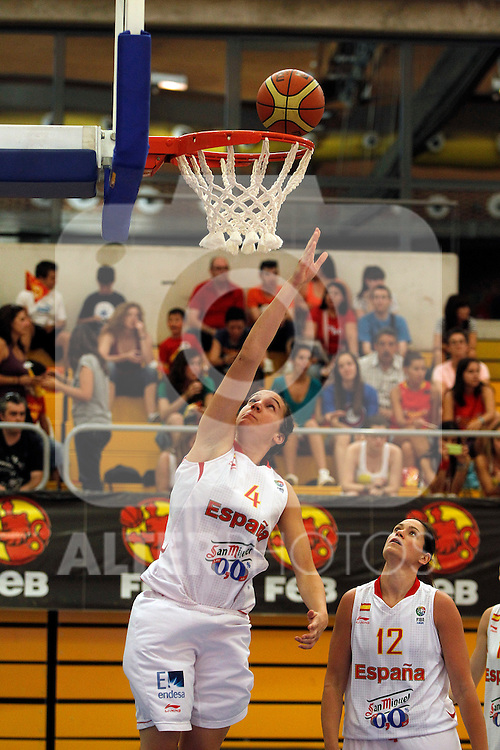 Spain´s Laura Nicholls and Romania´s during end EuroBasket qualifications.July 11,2012.(ALTERPHOTOS/ARNEDO)
