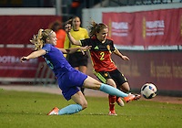 20161124 - LEUVEN ,  BELGIUM : Belgian Davina Philtjens (R) and Dutch Kika Van Es (L) pictured during the female soccer game between the Belgian Red Flames and The Netherlands , a friendly game before the European Championship in The Netherlands 2017  , Thursday 24 th November 2016 at Stadion Den Dreef  in Leuven , Belgium. PHOTO SPORTPIX.BE | DIRK VUYLSTEKE
