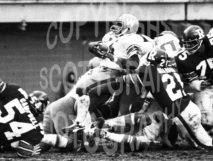 Mack Herron Winnipeg Blue Bombers 1972. Copyright photograph Scott Grant