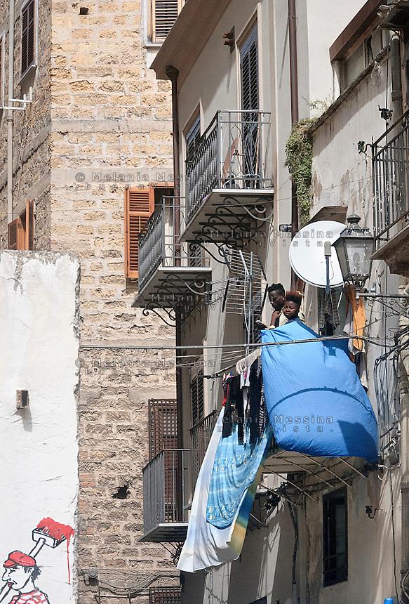 Palermo. Quartiere Albergheria -Ballar&ograve;.<br /> Albergheria-Ballar&ograve; district in Palermo