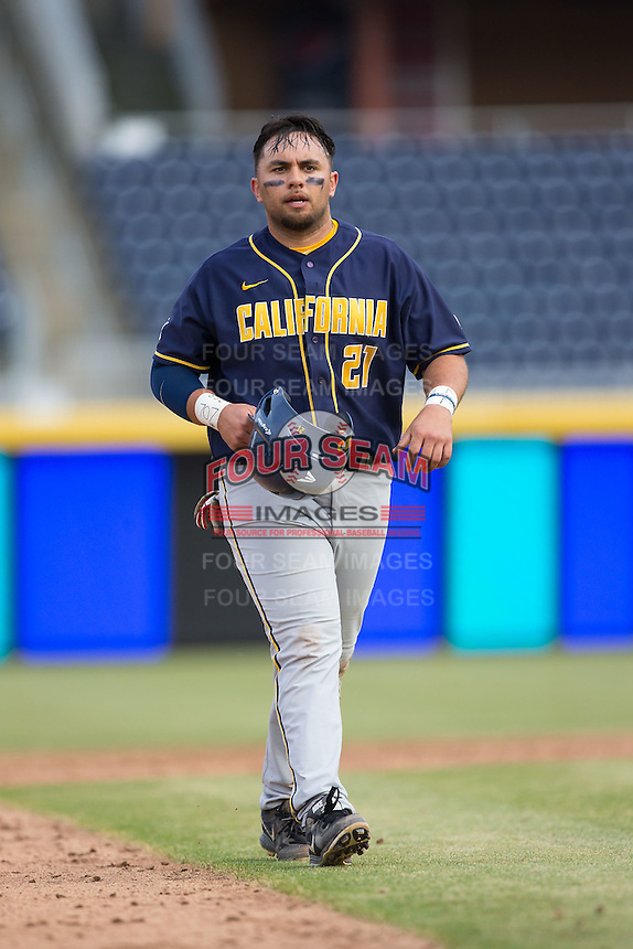 Brenden Farney (21) of the California Golden Bears during the game against the Duke Blue Devils at Durham Bulls Athletic Park on February 20, 2016 in Durham, North Carolina.  The Blue Devils defeated the Golden Bears 6-5 in 10 innings.  (Brian Westerholt/Four Seam Images)