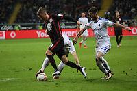 Luca Waldschmidt (Eintracht) gegen Fabian Holland und Marcel Heller (Darmstadt) - Eintracht Frankfurt vs. SV Darmstadt 98, Commerzbank Arena