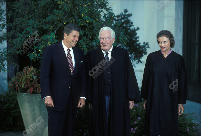 US Supreme Court Justice Sandra Day O'Connor (right). with President Ronald Reagan (left) and Chief Justice of the US Supreme Court Warren Burger (center). Washington D.C., USA, September 1981