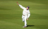 PICTURE BY VAUGHN RIDLEY/SWPIX.COM - Cricket - County Championship Div 2 - Yorkshire v Kent, Day 1 - Headingley, Leeds, England - 05/04/12 - Yorkshire's Andrew Gale.