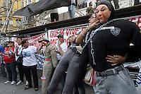 RIO DE  JANEIRO ,09 DE  FEVEREIRO 2012- Bombeiros fazem manifesta&ccedil;&atilde;o  no Centro do Rj.<br /> Local: Cinel&acirc;ndia,Centro do RJ.<br /> Foto: Guto Maia / News Free