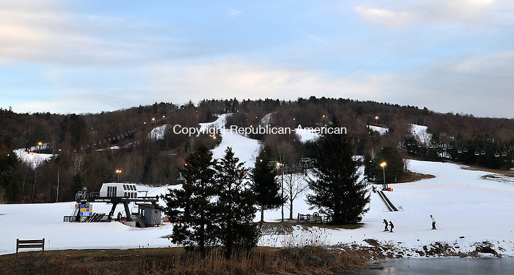 GOSHEN,  CT, 11 JANUARY  2012-011112JS03-Despite the lack of natural snowfall this winter, Mohawk Mountain Ski Area in Goshen, as well as other ski slopes in the area have been making due with man made snow on the hills. .Jim Shannon Republican-American