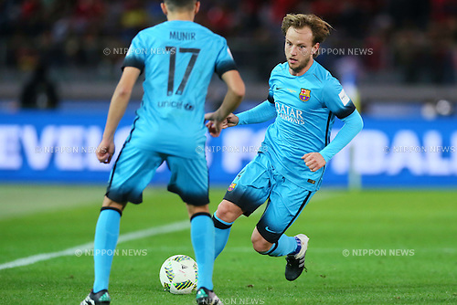 Ivan Rakitic (Barcelona), <br /> DECEMBER 17, 2015 - Football / Soccer : <br /> FIFA Club World Cup Japan 2015 <br /> semi-final match between Barcelona 3-0 Guangzhou Evergrande <br /> at Yokohama International Stadium in Kanagawa, Japan.<br /> (Photo by Yohei Osada/AFLO SPORT)