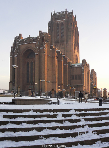Photo of Liverpool's Anglican Cathedral In snow.