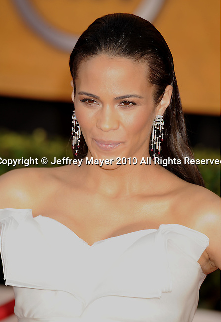 LOS ANGELES, CA. - January 23: Paula Patton arrives at the 16th Annual Screen Actors Guild Awards held at The Shrine Auditorium on January 23, 2010 in Los Angeles, California.