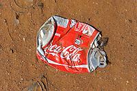 ANGOLA crushed Coca Cola can, zerdrueckte Coca Cola Dose