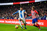 David Lopez Silva of RCD Espanyol (L) fights for the ball with Antoine Griezmann of Atletico de Madrid during the La Liga 2018-19 match between Atletico de Madrid and RCD Espanyol at Wanda Metropolitano on December 22 2018 in Madrid, Spain. Photo by Diego Souto / Power Sport Images