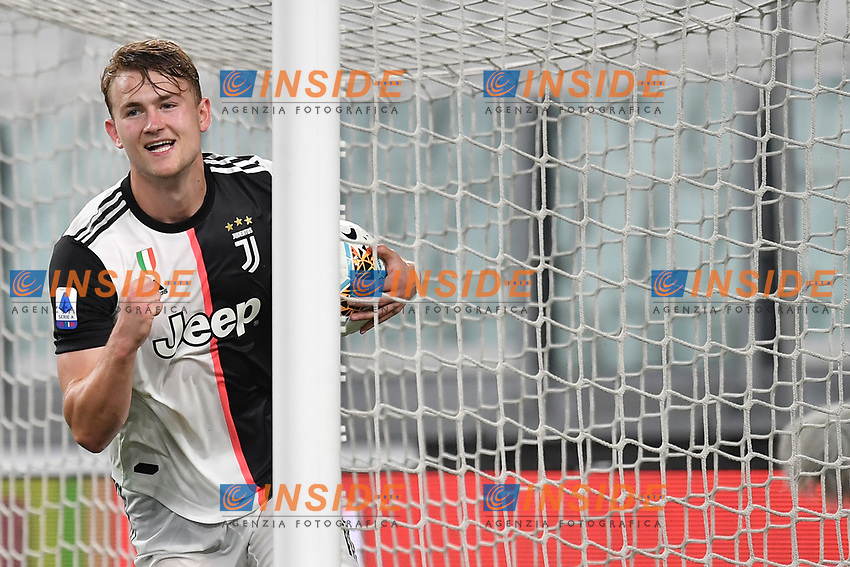 Matthijs de Ligt of Juventus celebrates after scoring the goal of 4-0 during the Serie A football match between Juventus FC and US Lecce at Juventus stadium in Turin  ( Italy ), June 26th, 2020. Play resumes behind closed doors following the outbreak of the coronavirus disease. Photo Andrea Staccioli / Insidefoto