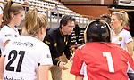 Almere - Zaalhockey Amsterdam-Den Bosch (v)  .  coach Raoul Ehren (DBO) . TopsportCentrum Almere.    COPYRIGHT KOEN SUYK