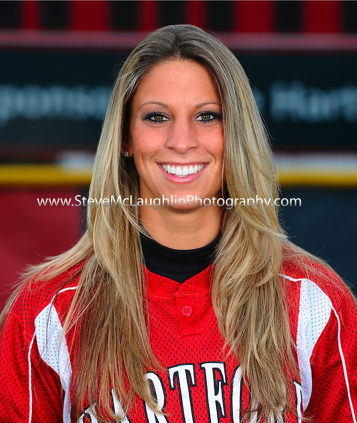 University of Hartford Softball Team Pictures