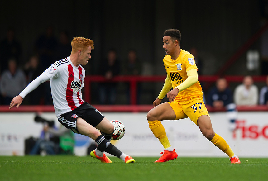 Preston North End's Callum Robinson in action during todays match  <br /> <br /> Photographer Ashley Western/CameraSport<br /> <br /> The EFL Sky Bet Championship - Brentford v Preston North End - Saturday 17 September 2016 - Griffin Park - London<br /> <br /> World Copyright &copy; 2016 CameraSport. All rights reserved. 43 Linden Ave. Countesthorpe. Leicester. England. LE8 5PG - Tel: +44 (0) 116 277 4147 - admin@camerasport.com - www.camerasport.com
