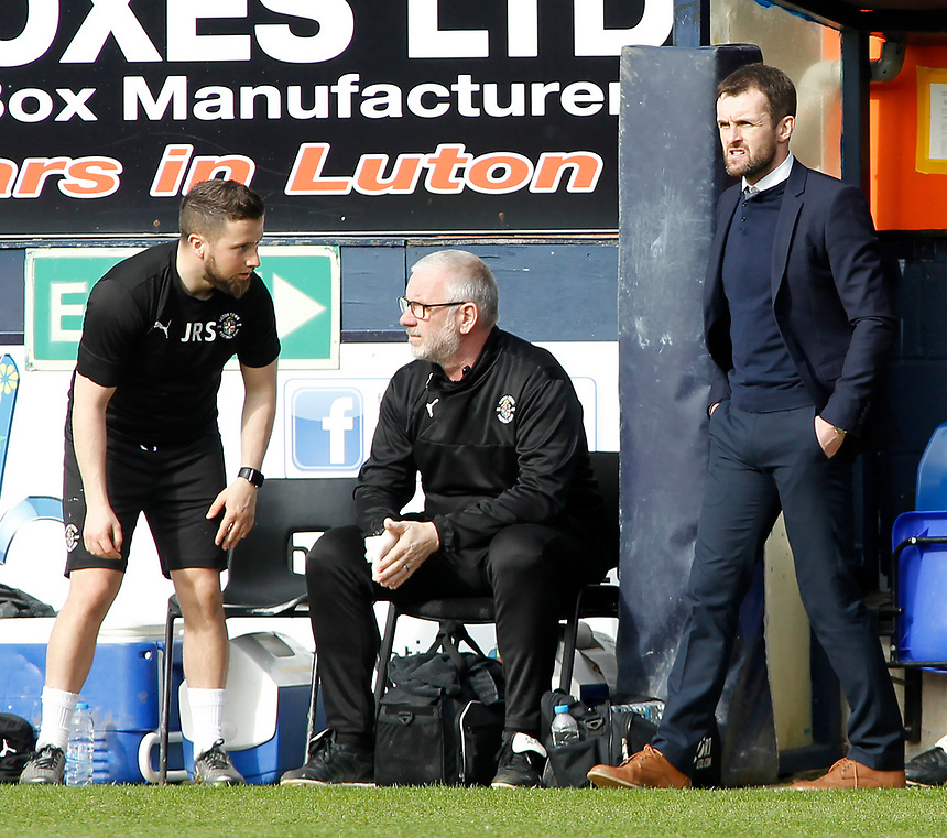 Luton Town manager Nathan Jones  looks on from the touchline<br /> <br /> Photographer David Shipman/CameraSport<br /> <br /> The EFL Sky Bet League Two - Luton Town v Blackpool - Saturday 1st April 2017 - Kenilworth Road - Luton<br /> <br /> World Copyright &copy; 2017 CameraSport. All rights reserved. 43 Linden Ave. Countesthorpe. Leicester. England. LE8 5PG - Tel: +44 (0) 116 277 4147 - admin@camerasport.com - www.camerasport.com