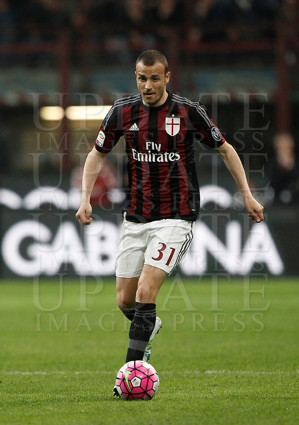 Calcio, Serie A: Milan vs Juventus. Milano, stadio San Siro, 9 aprile 2016. <br /> AC Milan&rsquo;s Luca Antonelli in action during the Italian Serie A football match between AC Milan and Juventus at Milan's San Siro stadium, 9 April 2016.<br /> UPDATE IMAGES PRESS/Isabella Bonotto