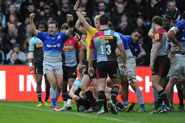 Neil de Kock of Saracens celebrates putting the first points on the scoreboard during the Premiership Rugby match between Harlequins and Saracens - 09/01/2016 - Twickenham Stoop, London<br /> Mandatory Credit: Rob Munro/Stewart Communications