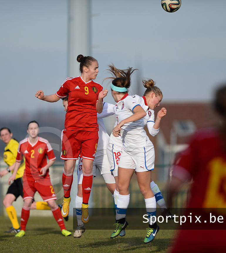 20150307 - TUBIZE , BELGIUM : heading duel pictured  with Belgian Amber Maximus (9) during the friendly female soccer match between Women under 19 teams of  Belgium and Czech Republic . Saturday 7th March 2015 . PHOTO DAVID CATRY