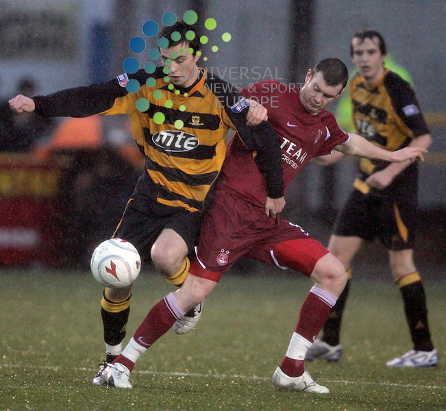 Chris Townsley with Alexander Diamond during the Round 4 of the Scottish Cup Alloa Athletic v Aberdeen at Rcreation Park, Alloa..Picture: Universal News and Sport - 10/1/2009........ ........... .