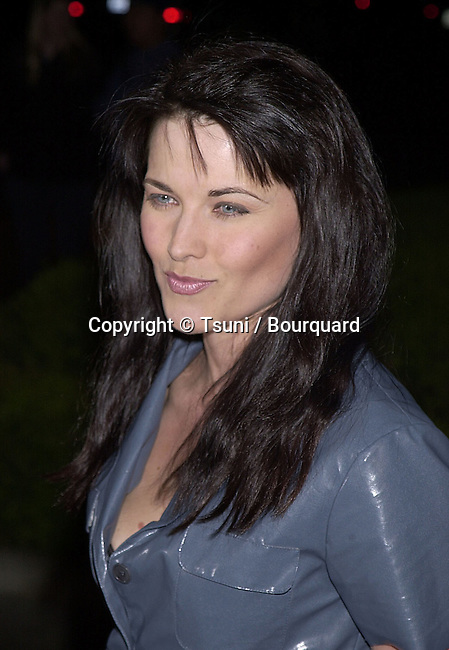Dec 18, 2000; Los Angeles, CA, USA; <br /> The &quot; Gift &quot; Los Angeles 1ere was on the Paramount lot in Los AngelesLawless.Lucy_Xena.09.jpg