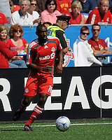 Marvell Wynne (16) carries the ball. Toronto FC 0, Kansas City Wizards 0, BMO Field, Toronto, June 21, 2008.