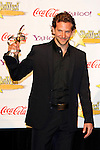US actor Bradley Cooper receives the Comedy Star of the Year Award at the 2009 ShoWest Awards in Las Vegas, California 2 April 2009. The closing night ceremony for the 2009 ShoWest features top film industry talent at the final night banquet and awards ceremony.