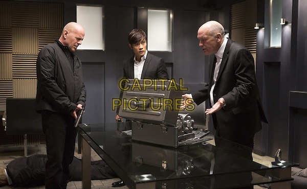 Bruce Willis, Byung Hun Lee , John Malkovich<br /> in Red 2 (2013) <br /> *Filmstill - Editorial Use Only*<br /> CAP/NFS<br /> Image supplied by Capital Pictures