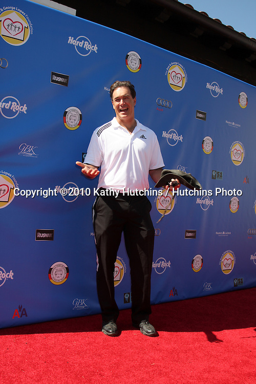 Patrick Warburton.arrives at  the George Lopez Golf Tournament .Lakeside Golf Club.Toluca Lake, CA.May 3, 2010.©2010 Kathy Hutchins / Hutchins Photo...