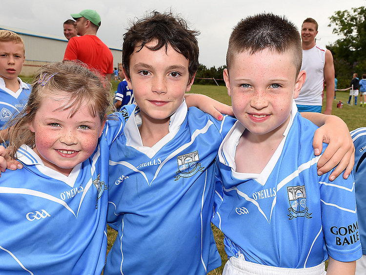 Cathal Carolan, Tara Dignam and Jamie Lambe at the Newtown Blues GAA Juvenile Triathlon Fundraiser.  Photo:Colin Bell/pressphotos.ie