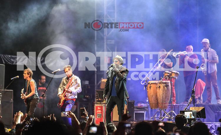 Auténticos Decadentes, durante su concierto en el festival Tecate Sonoro. 28 octubre 2017. (Foto: Luis Gutierrez /NortePhoto.com)