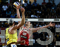 Campionati mondiali di beach volley, Roma, 18 giugno 2011..Brazil's Alison Cerutti, left, in action against Germany's Julius Brink, during their Beach Volleyball World Championship semifinal match in Rome, 18 june 2011..UPDATE IMAGES PRESS/Riccardo De Luca