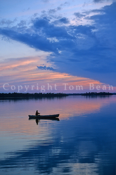 Canoeing at sunset on Kabetogama Lake in Voyageurs National Park, Minnesota, AGPix_0023.