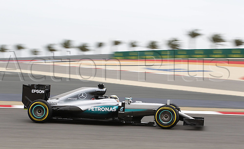 01.04.2016. Bahrain. FIA Formula One World Championship 2016, Grand Prix of Bahrain, Practise day. 44 Lewis Hamilton (GBR, Mercedes AMG Petronas Formula One Team)