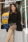 MIRANDA COSGROVE (MACY'S THANKSGIVING DAY PARADE 11-25-2010)
