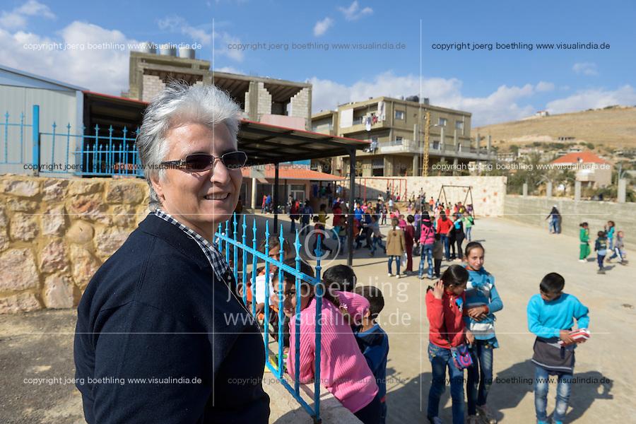 LEBANON Deir el Ahmad, a maronite christian village in Beqaa valley, school for syrian refugee children / LIBANON Deir el Ahmad, ein christlich maronitisches Dorf in der Bekaa Ebene, Schule der Good Shepherds Sisters der maronitischen Kirche fuer syrische Fluechtlingskinder, Schwester Amira Tabet