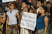 Indigenous and non-indigenous people protest against PEC 215, a proposal to amend the Brazilian constitution to water down indigenous rights during the International Indigenous Games, in the city of Palmas, Tocantins State, Brazil. Photo © Sue Cunningham, pictures@scphotographic.com 28th October 2015