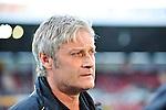 16.10.2010, Bruchwegstadion, Mainz, GER, 1. FBL, Mainz 05 vs Hamburger SV, im Bild Armin Veh (Trainer Hamburg), Foto © nph / Roth