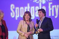 SPORT: HEERENVEEN: Trinitas, 30-01-2013, Sportgala Fryslân, Toine van Peperstraten, Pia Dijkstra (oud presentator rtv), ©foto Martin de Jong