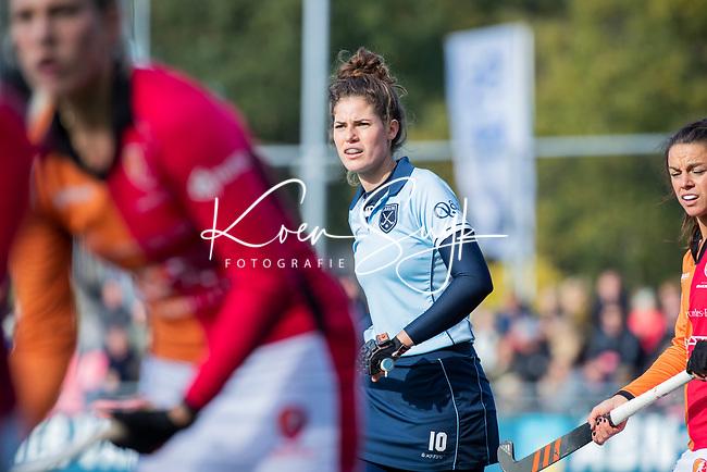 Laren - Maxime Kerstholt (Lar) tijdens de Livera hoofdklasse  hockeywedstrijd dames, Laren-Oranje Rood (1-3).  COPYRIGHT KOEN SUYK
