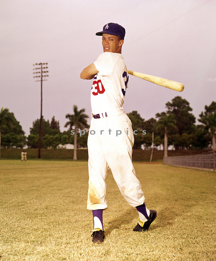 Los Angeles Dodgers Maury Wills (30) portrait from his 1960 season.  Maury Wills played for 14 years with 3 different teams, was a 5-time All-Star and the National League MVP in 1962.(SportPics)