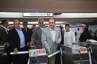SAO PAULO, SP, 20 JANEIRO DE 2012 - ENTREGA TREM DO METRO GOVERNO DE SAO PAULO - O governador Geraldo Alckmin durante a entrega do setimo e oitavo novos trens modernos do Metro, os dois passaram a circular na linha 1 Azul (Jabaquara Tucuruvi). A cerimonia ocorreu na manha desta sexta-feira na Estacao Tucuruvi do Metro. (FOTO: RICARDO LOU - NEWS FREE).